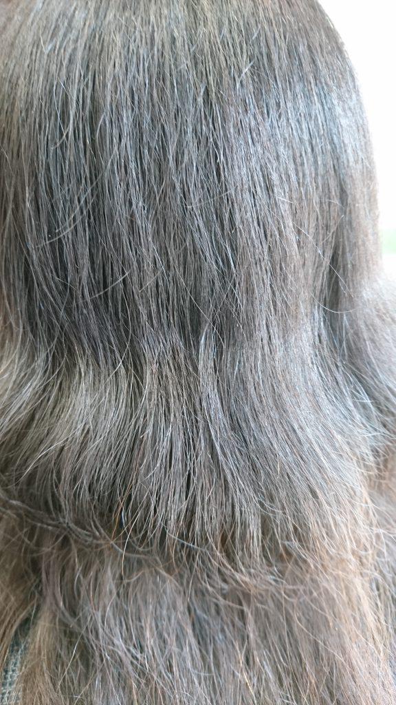 髪の毛の毛量が多くておろすことができない、おろせない