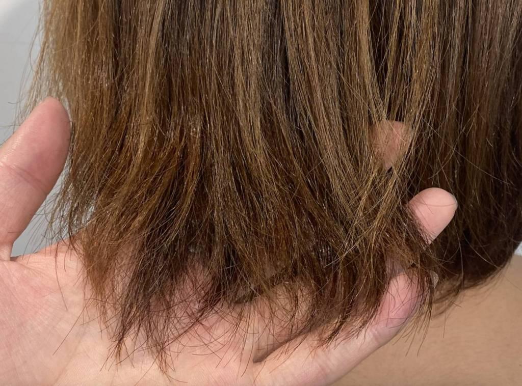くせ毛 髪の毛 自然乾燥 そのままだとパサパサ
