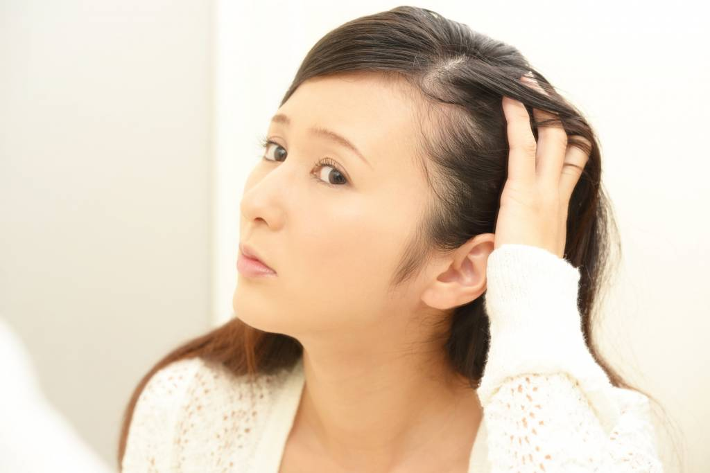 石鹸シャンプー頭皮 髪のベタベタ